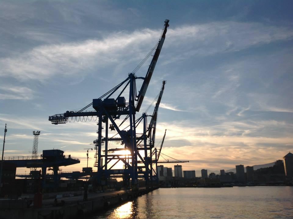 Gru Post Panamax Genova